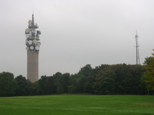 Heaton_Park_BT_Tower,_distance_view
